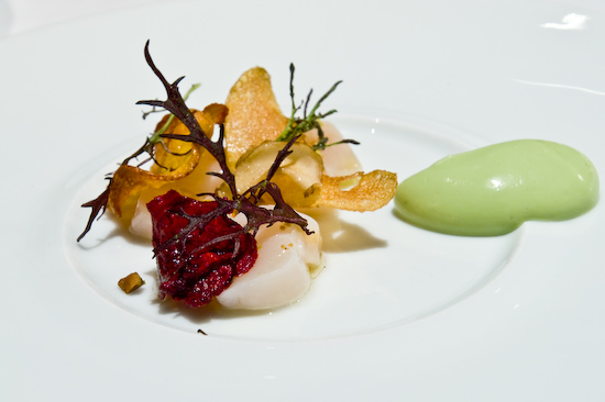 Manresa -  Marinated bay scallops with avocado mousse and vegetable chips