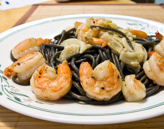 Maestri Pastrai Squid Ink Spaghetti with Shrimp