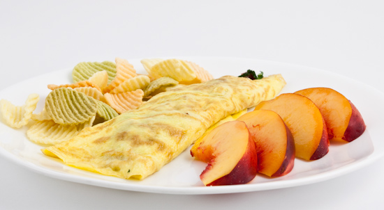 Salami and Spinach Omelet, Nectarines, Potato Chips