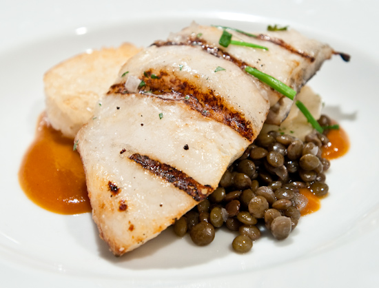Zoot - Grilled snapper on rice cake with green lentils, parsnips and red curry sauce