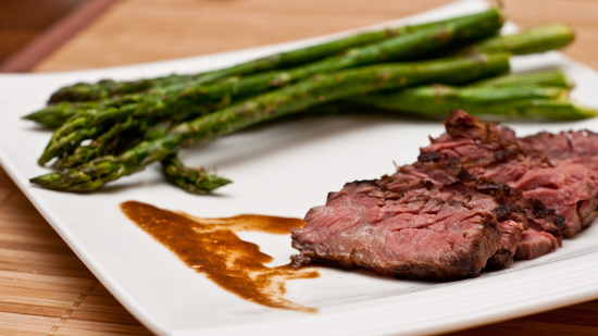 Sous vide skirt steak with grilled asparagus