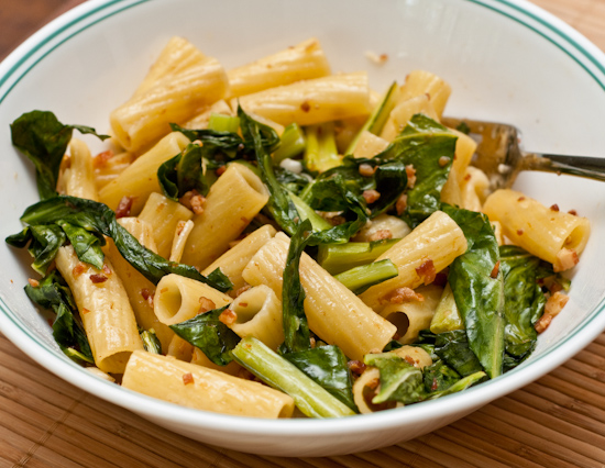 rigatoni with collard greens and bacon