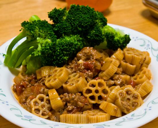 Wagonwheel Pasta with Broccoli