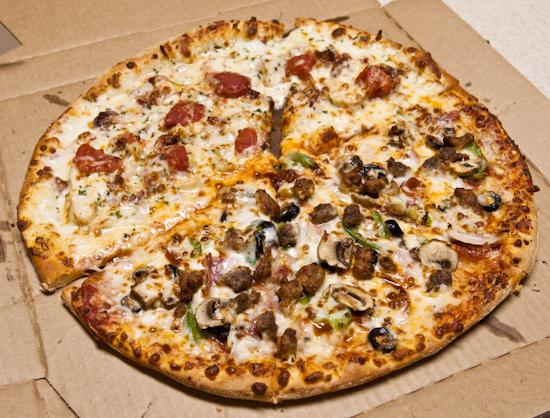Domino's Pizza - Cali Chicken Bacon Ranch / ExtravaganZZa Feast