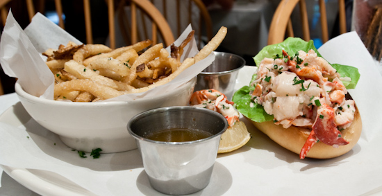 Perla's - Lobster Roll with Fries
