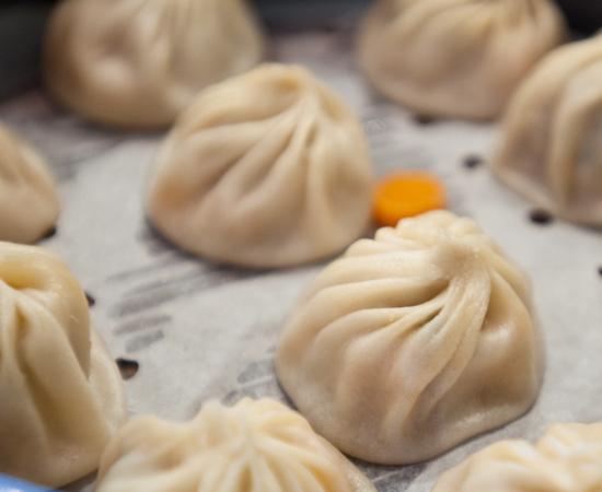 Din Tai Fung - Crab Xiaolong Bao (Juicy Pork/Crab Dumplings)