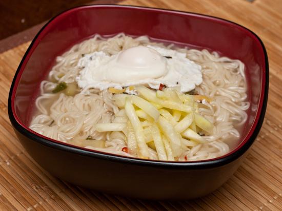 Nong Shim HooRooRook Instant Noodles