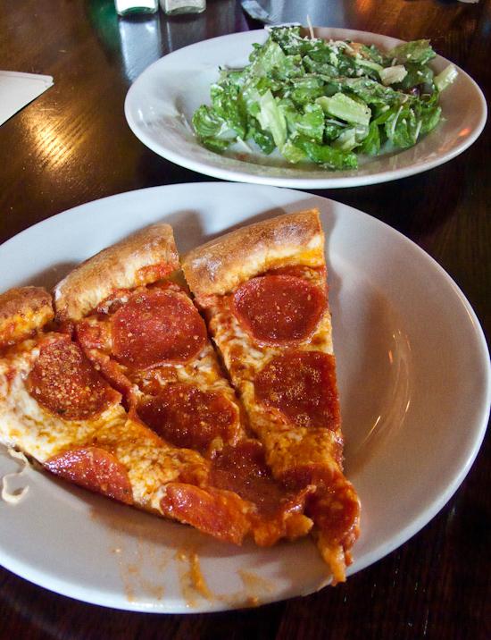 Cannoli Joe's - Pizza and Salad
