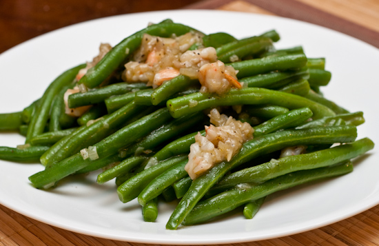 Green Beans with Shallot and Shrimp Sauce